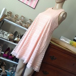 Sleeveless lace layered a-line dress